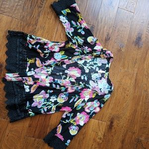 Xhiliration Kimono